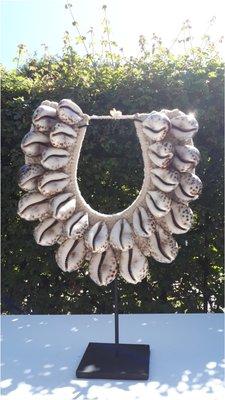 Schelpenketting big shell